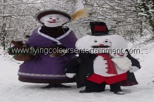 Christmas themed roaming acts for seasonal events